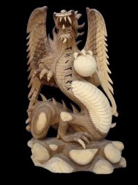 Dragon sculpté